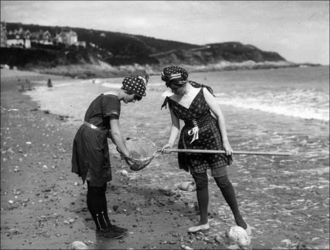 Μια μέρα στην παραλία πριν από 100 χρόνια (7)
