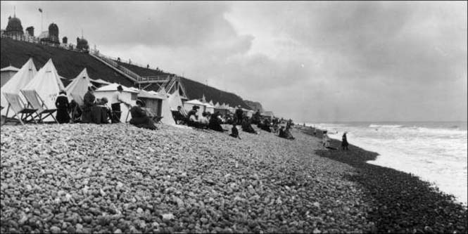 Μια μέρα στην παραλία πριν από 100 χρόνια (10)