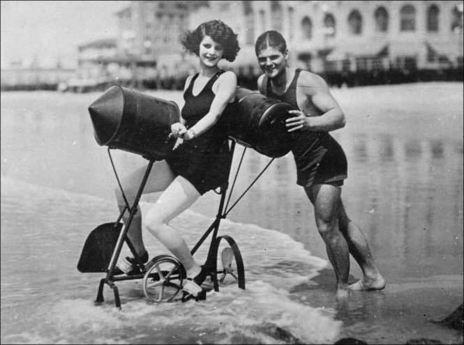 Μια μέρα στην παραλία πριν από 100 χρόνια (24)