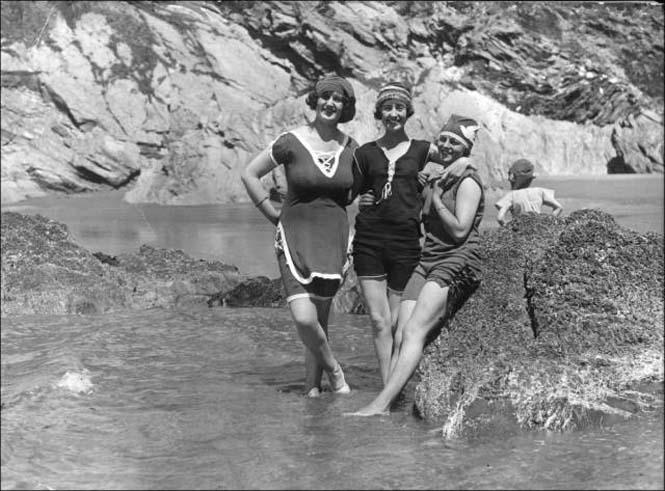 Μια μέρα στην παραλία πριν από 100 χρόνια (31)