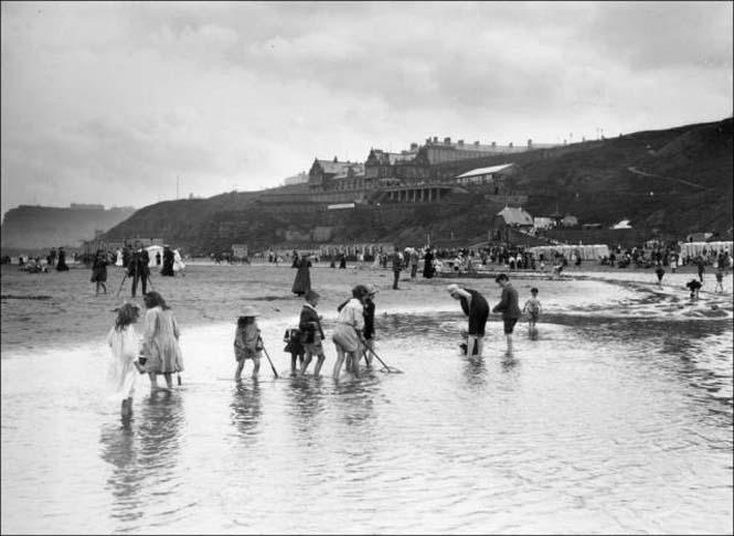 Μια μέρα στην παραλία πριν από 100 χρόνια (34)
