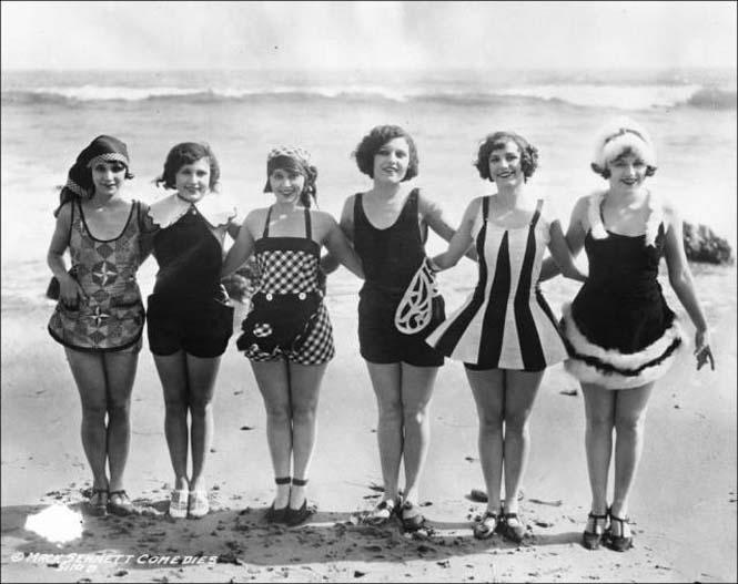 Μια μέρα στην παραλία πριν από 100 χρόνια (35)
