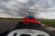 Οδηγός Formula 1 σε αγώνα Go Kart