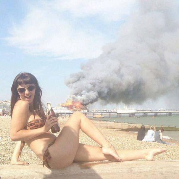 27 κωμικοτραγικά σκηνικά που θα συναντήσεις στην παραλία (5)