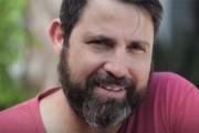 Έγινε αγνώριστος ξυρίζοντας το μούσι μετά από 14 χρόνια