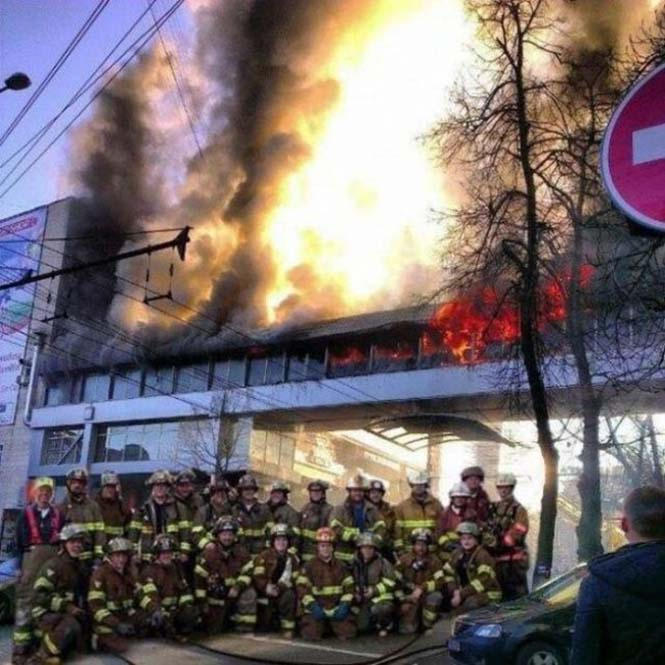 Εδώ ο κόσμος καίγεται... (7)