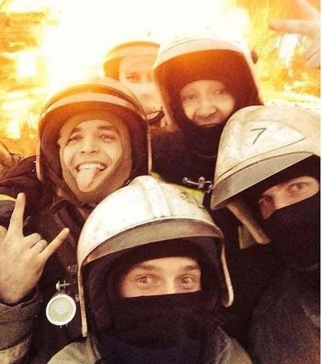 Εδώ ο κόσμος καίγεται... (9)