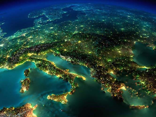 Εκπληκτικές νυχτερινές εικόνες της Γης (2)