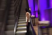 Μεθυσμένος σε κυλιόμενη σκάλα