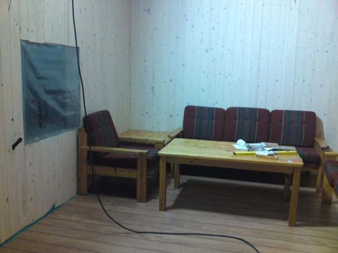 Με λίγη δουλειά αυτός ο παλιός αχυρώνας έγινε ένα ωραίο δωμάτιο μπιλιάρδου (20)