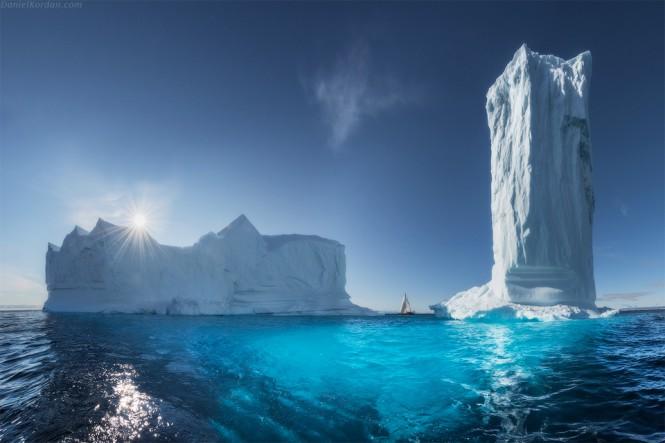 Τα γιγάντια παγόβουνα της Γροιλανδίας | Φωτογραφία της ημέρας