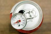 Ο πιο γρήγορος τρόπος για να παγώσετε ένα αναψυκτικό
