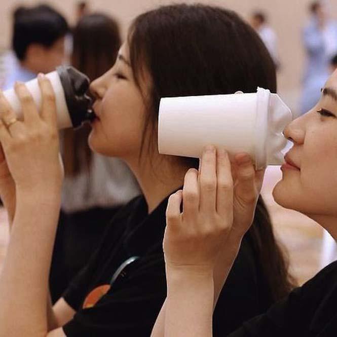 Το ποτήρι που σε φιλάει όταν πίνεις καφέ (4)