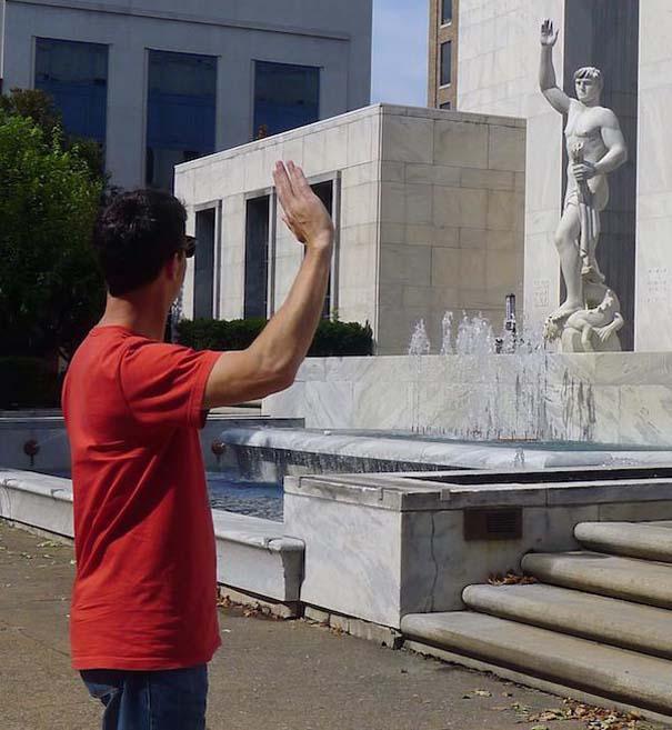 Ποζάροντας με αγάλματα #16 (3)