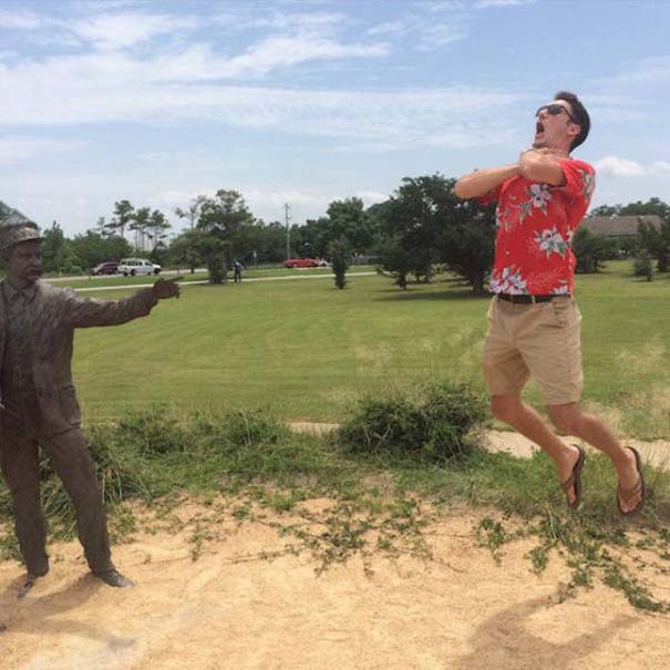 Ποζάροντας με αγάλματα #16 (13)