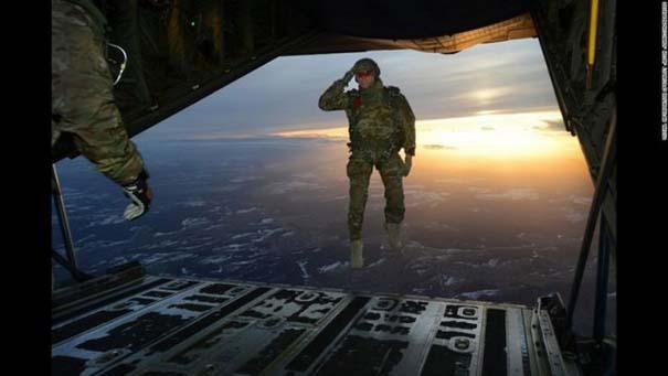 Στρατιωτικές φωτογραφίες που τραβήχτηκαν την κατάλληλη στιγμή (5)