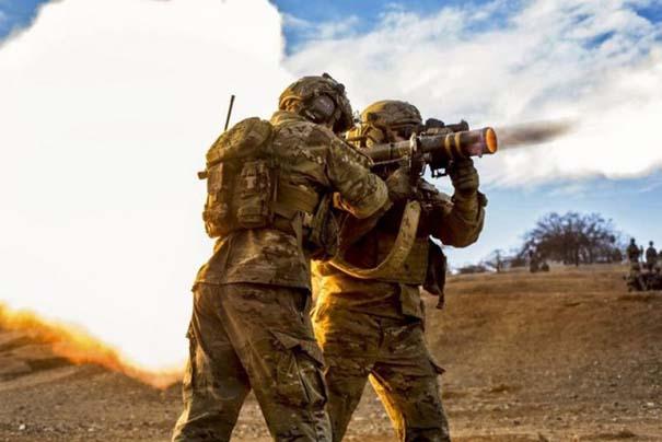 Στρατιωτικές φωτογραφίες που τραβήχτηκαν την κατάλληλη στιγμή (28)