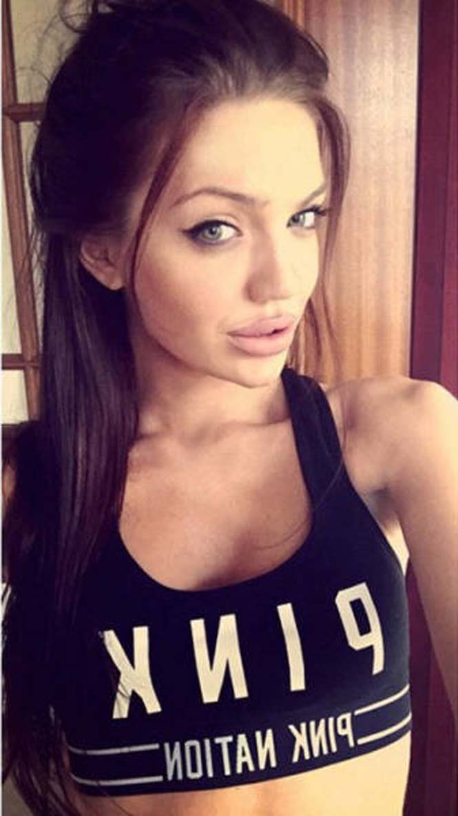 Chelsea Marr - Σωσίας Angelina Jolie (20)
