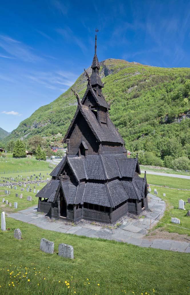 Εντυπωσιακός ναός στο Borgund της Νορβηγίας (2)