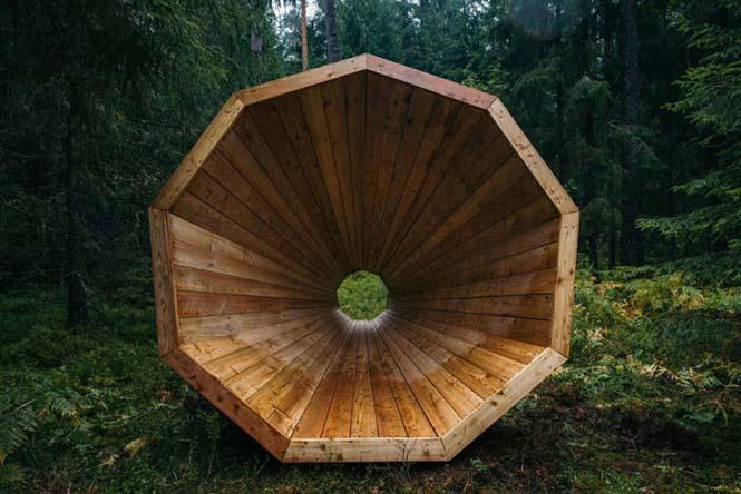 Φοιτητές κατασκεύασαν τεράστια ξύλινα μεγάφωνα σε δάσος της Εσθονίας - Δείτε γιατί (2)