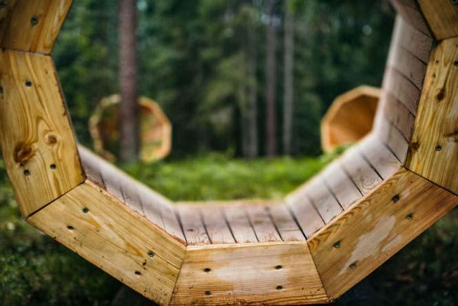 Φοιτητές κατασκεύασαν τεράστια ξύλινα μεγάφωνα σε δάσος της Εσθονίας - Δείτε γιατί (5)
