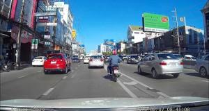 Κατέγραψε την πτώση μετεωρίτη με την κάμερα του αυτοκινήτου του (Video)