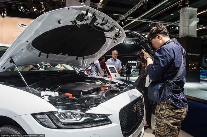 Αυτά τα κινέζικα αυτοκίνητα κάτι μας θυμίζουν... (5)