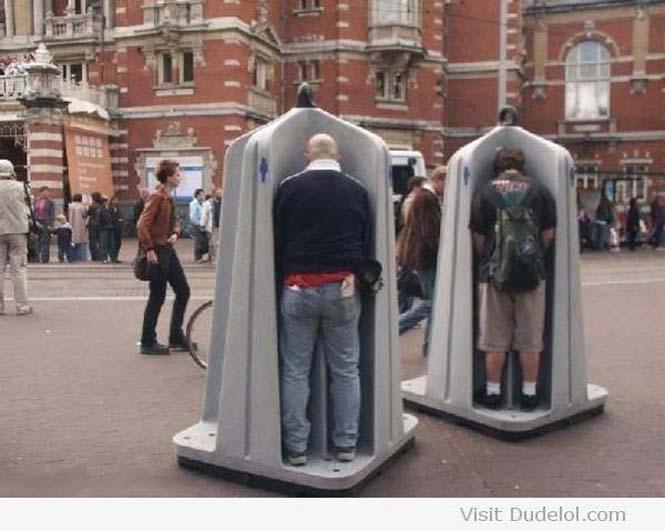 Παράξενες και εξωφρενικές δημόσιες τουαλέτες (8)