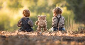 Πατέρας απαθανάτισε το τέλειο καλοκαίρι των δυο μικρών αγοριών του σε υπέροχες φωτογραφίες