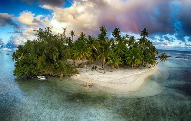 Ένα νησί, ένα drone και 4 φίλοι | Φωτογραφία της ημέρας