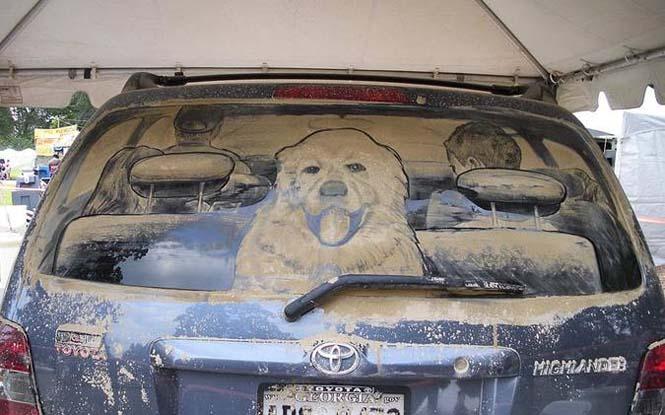 Εκεί που βλέπεις ένα σκονισμένο αυτοκίνητο, αυτός ο καλλιτέχνης βλέπει έναν κενό καμβά (4)