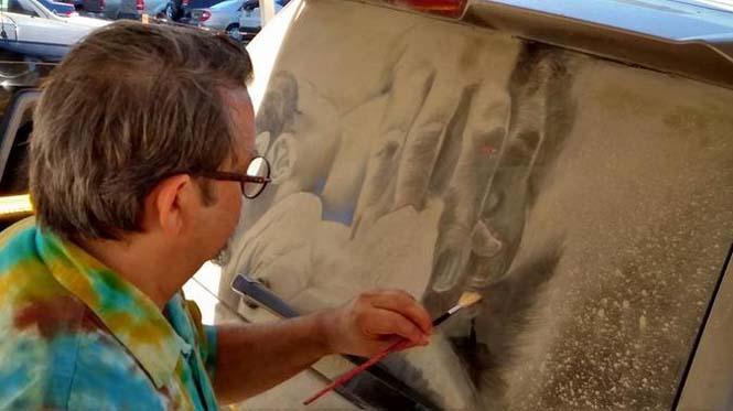 Εκεί που βλέπεις ένα σκονισμένο αυτοκίνητο, αυτός ο καλλιτέχνης βλέπει έναν κενό καμβά (7)