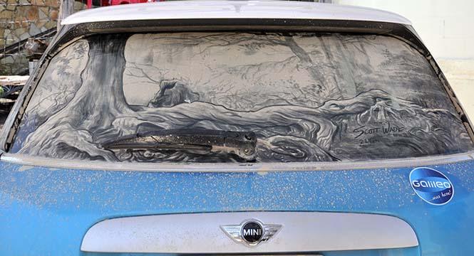 Εκεί που βλέπεις ένα σκονισμένο αυτοκίνητο, αυτός ο καλλιτέχνης βλέπει έναν κενό καμβά (15)
