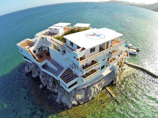 Villa on Dunbar Rock (4)