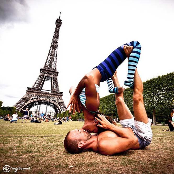Ζευγάρι ταξιδεύει στον κόσμο με ακροβατικές στάσεις Yoga (4)