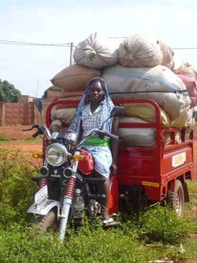 Δείτε τι κάνουν με αυτά τα σκουπίδια κάποιοι άνθρωποι στην Αφρική (2)