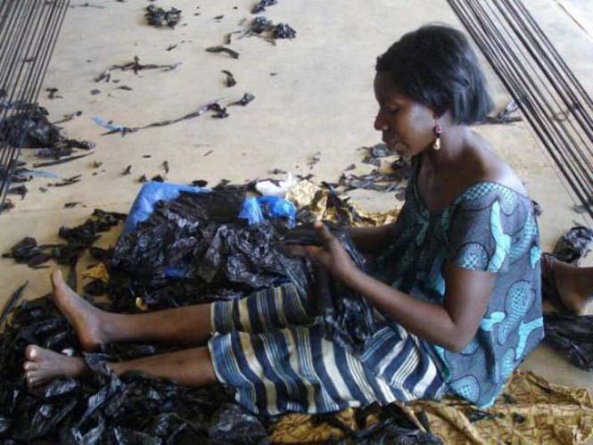 Δείτε τι κάνουν με αυτά τα σκουπίδια κάποιοι άνθρωποι στην Αφρική (5)