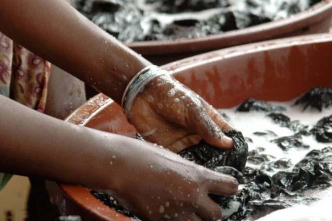 Δείτε τι κάνουν με αυτά τα σκουπίδια κάποιοι άνθρωποι στην Αφρική (7)