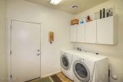 Εντυπωσιακή μετατροπή δωματίου πλυντηρίου (1)