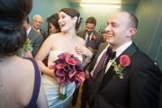 Γαμήλιο πάρτι στο ασανσέρ (1)