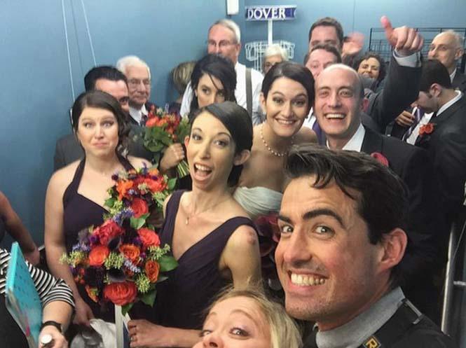 Γαμήλιο πάρτι στο ασανσέρ (4)