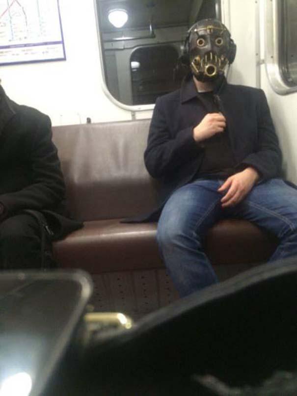 Παράξενες και κωμικοτραγικές φωτογραφίες στα μέσα μεταφοράς #9 (8)