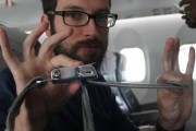 Ο λόγος που πρέπει να φοράμε την ζώνη ασφαλείας στο αεροπλάνο (1)