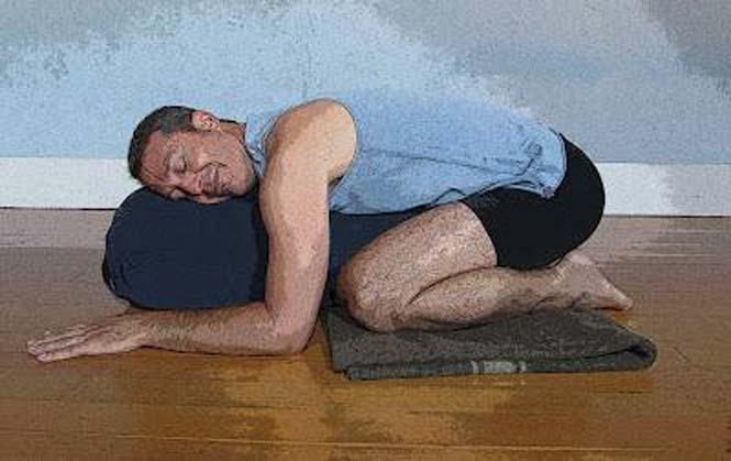 Μεθυσμένοι μιμούνται στάσεις Yoga (4)