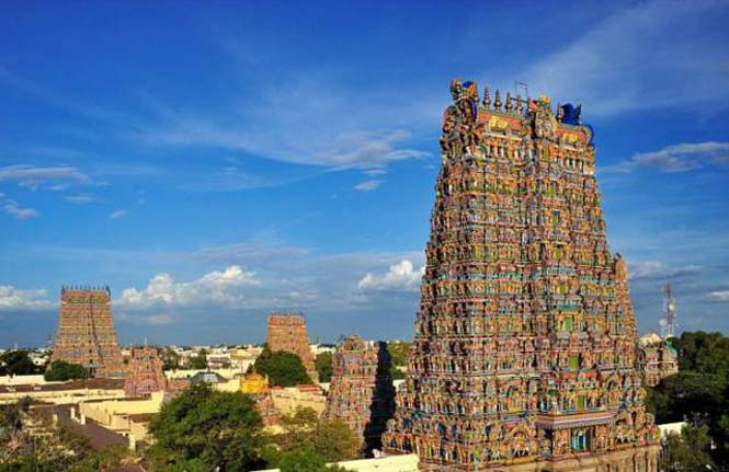 Πολύχρωμοι ναοί στην Ινδία (1)