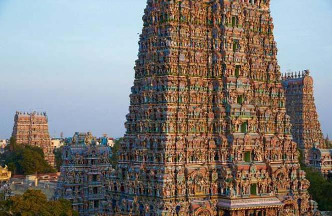 Πολύχρωμοι ναοί στην Ινδία (2)