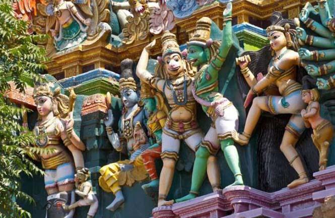 Πολύχρωμοι ναοί στην Ινδία (3)