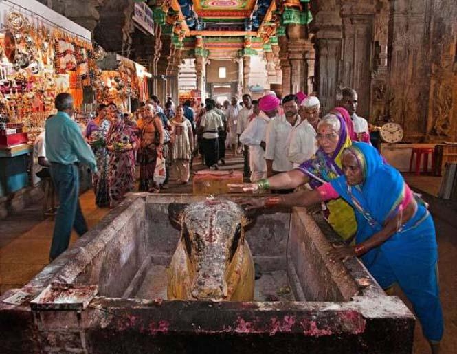 Πολύχρωμοι ναοί στην Ινδία (7)