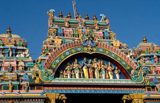 Πολύχρωμοι ναοί στην Ινδία (10)