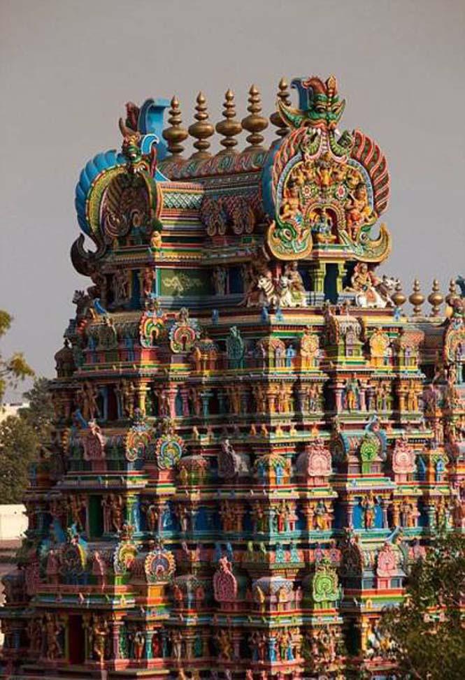 Πολύχρωμοι ναοί στην Ινδία (11)